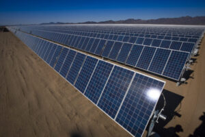 太陽能史上最便宜,2030 年將成電力新霸主
